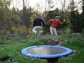 lekker springen op de trampoline