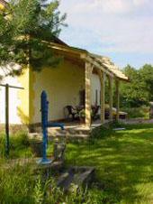 gezellige veranda met hangmatplek
